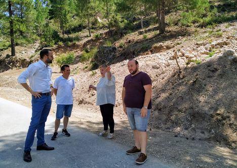 Francisco Valera visita Paterna del Madera para conocer de primera mano las principales necesidades de patiniegos y patiniegas