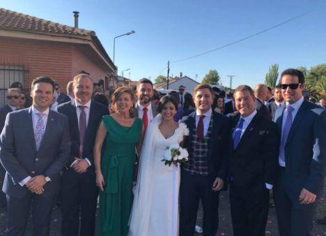 Nacho Hernando, Consejero de Fomento, contrae matrimonio con Marta González en Toledo