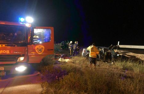 Un hombre de 41 años fallecido y 4 heridos en un accidente de tráfico de madrugada en la carretera N-322 en Albacete