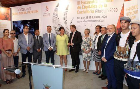 """El Gobierno regional asiste a las inauguraciones de los Pabellones del Ayuntamiento de Albacete, Diputación provincial y """"Albacete 2020"""""""