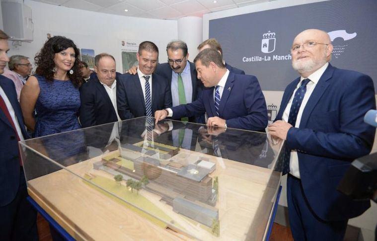 El presidente de Castilla-La Mancha, Emiliano García-Page, ha presentado el nuevo Complejo Hospitalario de Albacete