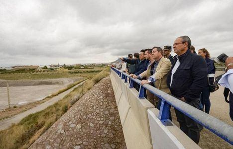 García-Page se ha trasladado a Caudete y a Almansa junto a la ministra Magdalena Valerio