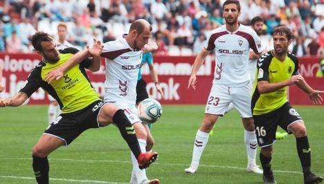 0-4 El Tenerife pasa por encima del Albacete y lo golea en su propio campo