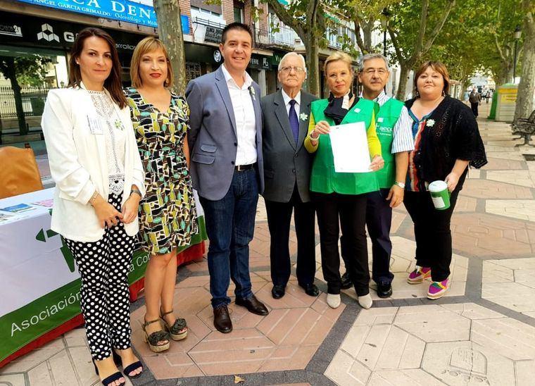 El Equipo de Gobierno de la Diputación no falta a la cita con la AECC