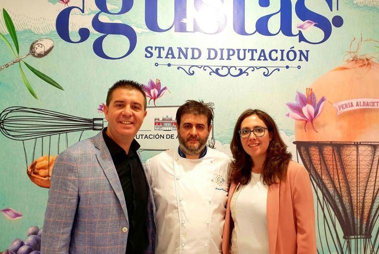 El Show Cooking de Diputación echa el cierre con el ajo mataero del Chef Antonio Martínez