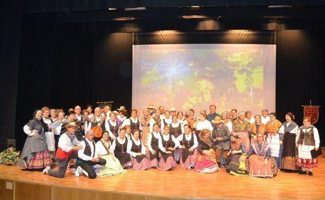 Espigas de la Mancha y el grupo Cervantes protagonizan el XXVI Encuentro de Folclore en Albacete