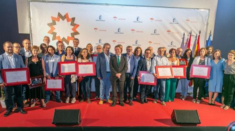 """García-Page se ha declarado """"muy orgulloso"""" de la Feria de Artesanía regional Farcama y de los profesionales que la hacen posible"""