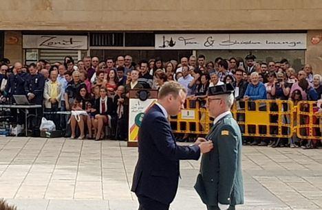 Vicente Casañ celebra el día de la Fiesta Nacional y felicita a la Guardia Civil en su 175 aniversario