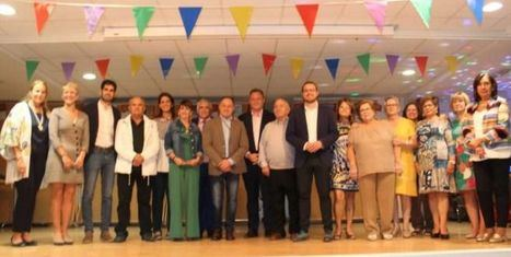Vicente Casañ anima a los vecinos del barrio El Pilar a disfrutar de sus fiestas