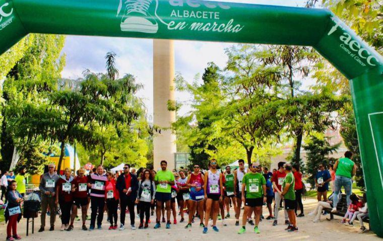 La II Ruta En Marcha por la Investigación de la Asociación Española Contra el Cáncer reúne a 700 personas