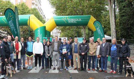 La Carrera Solidaria en beneficio de Cruz Roja y Asprona concita a más de 2.200 corredores solidarios