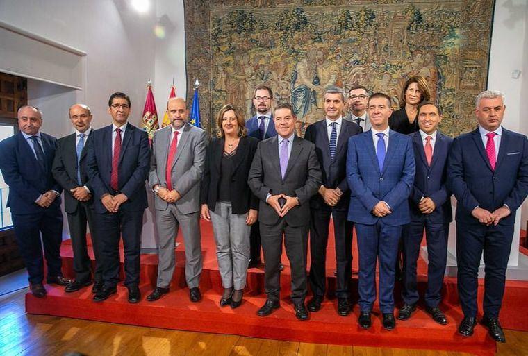 García-Page y su Gobierno defienden los beneficios del Plan de Empleo ante las críticas de PP y Ciudadanos