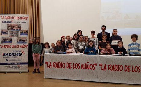 Los concejales de Barrios y Educación asisten a la presentación de la nueva temporada de 'La Radio de Los Niños', que emite Radio 4G Albacete