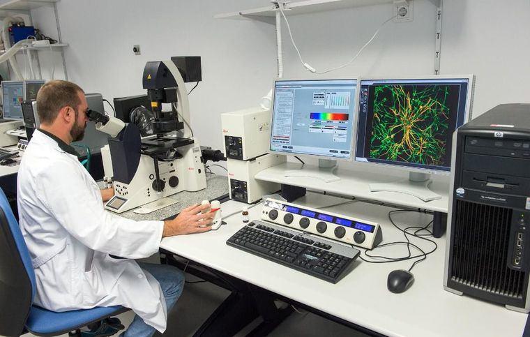 El SESCAM obtiene 1,7 millones de euros en ayudas estatales para la adquisición de equipamiento científico