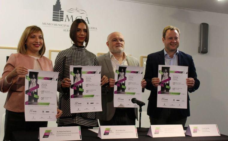 El alcalde subraya la contribución que citas como AB Fashion realizan a la 'Marca Albacete