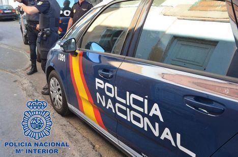 La Policía Nacional de Hellín detiene a seis personas por participar en una riña tumultuaria
