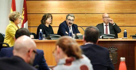 El Gobierno de Emiliano García-Page invertirá en 2020 más de 1.550 euros al año por persona en Sanidad, 105 euros más que en 2019