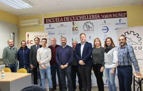 El Ayuntamiento de Albacete aumenta su aportación a la Escuela de Cuchillería hasta los 40.000 euros
