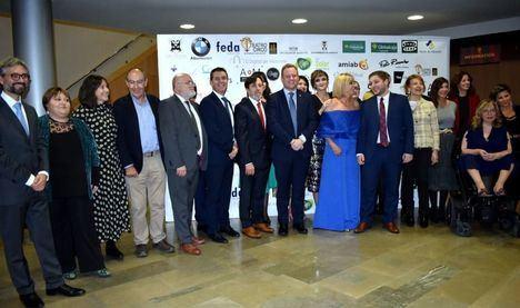 """Cabañero reitera el apoyo de la Diputación a AMEPAP: """"Caminemos de la mano para que las mujeres tengan realmente el lugar que les corresponde"""