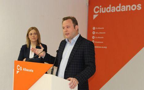 Vicente Casañ se afilia a Ciudadanos tras llegar a la Alcaldía como independiente: