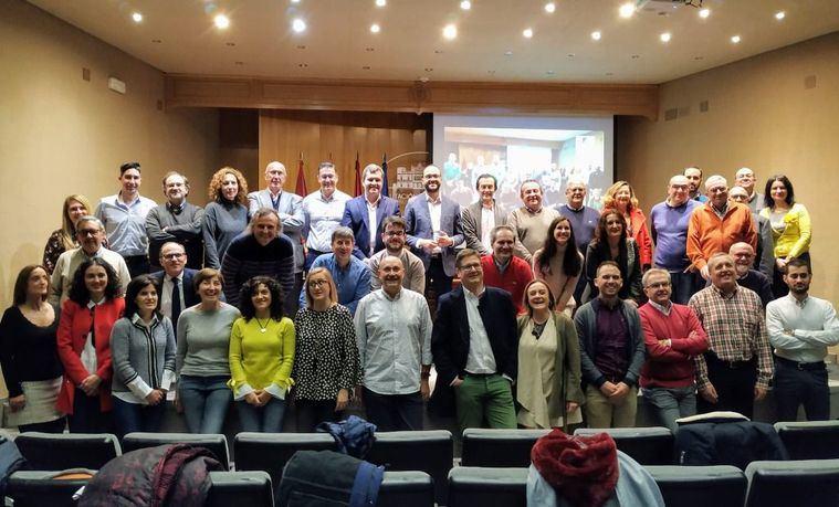 Francisco Valera compromete el apoyo económico de la Diputación a la agrupación de secretarios y secretarias que desarrollan su labor en el conjunto de ayuntamientos