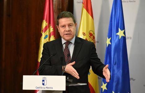 García-Page defiende en la Feria del Vino a Granel y en el Foro de la Alimentación los intereses del vino de Castilla-La Mancha y de Europa