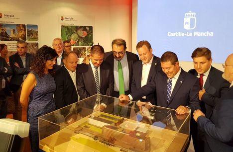 García-Page preside la reunión de la constitución de la comisión de seguimiento de las obras del Hospital de Albacete