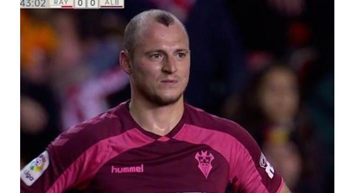 La suspensión del Rayo - Albacete, es la primera de un partido de Liga por insultos a un futbolista
