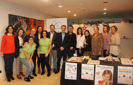 Los Equipos de Gobierno del Ayuntamiento y Diputación respaldan a Afanion en su Desayuno Solidario