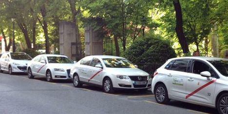El Gobierno regional aborda con el sector del taxi diversos asuntos de interés, entre ellos, varias normativas y nuevas prestaciones