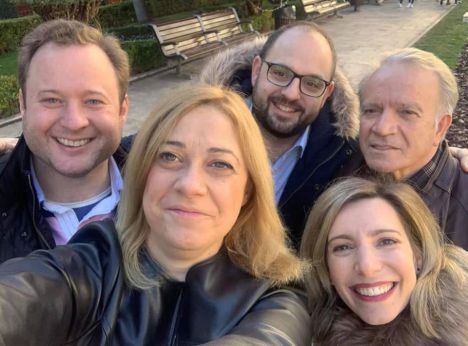 El alcalde de Albacete, Vicente Casañ, compartió unas horas con el banderillero albaceteño Mariano de la Viña, y con sus compañeros de Ciudadanos