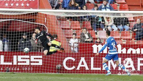 0-1. El Deportivo sale de los puestos de descenso tras ganar al Albacete que sigue en caída libre