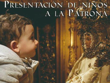 La Virgen de Los Llanos vuelve a abrir su camarín para los niños
