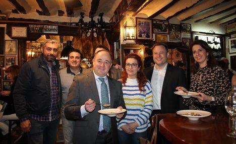 Vicente Casañ anima a los albaceteños a disfrutar de las Jornadas del Puchero y reivindica la gastronomía albaceteña