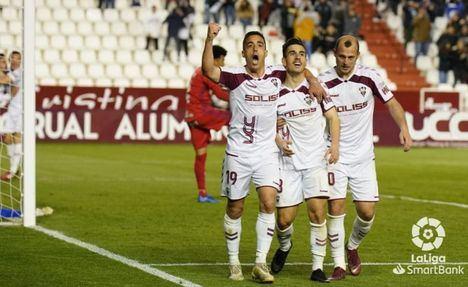 2-1. El Albacete remonta en casa ante el Numancia y gana después de tres meses