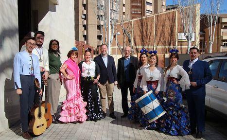 El alcalde de Albacete, Vicente Casañ, y la concejala, Laura Avellaneda, en la Misa Rociera del Día de Andalucía