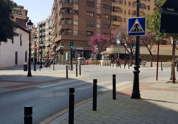 Coronavirus.- Castilla-La Mancha prohíbe el acceso a centros públicos menos los sanitarios, limita el comercio y cierra los bares