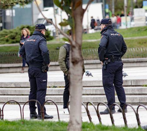Los ciudadanos que no respeten el estado de alarma se enfrentan a multas de hasta 30.000 euros o incluso a un año de prisión