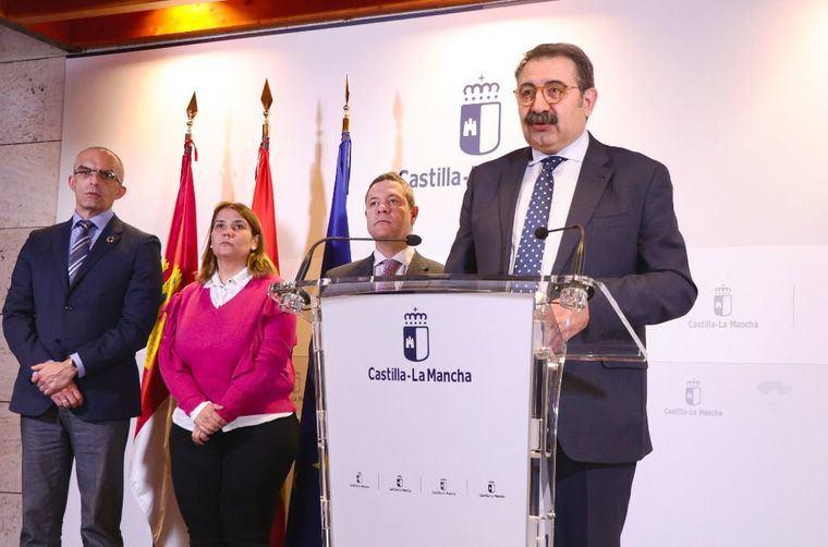 El Gobierno de Castilla-La Mancha habilita una nueva línea telefónica gratuita para ofrecer recomendaciones ante la presencia de síntomas por coronavirus: 900 23 23 23