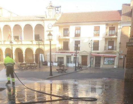 La Policía Local de Villarrobledo intervienen en la mañana de hoy en un bar que se encontraba abierto