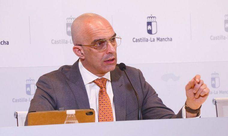 Juan Camacho, Director General de Salud Pública y portavoz del coronavirus en Castilla-La Mancha, responde a todas las preguntas que cualquier ciudadano se puede estar haciendo
