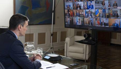 Los presidentes autonómicos recriminan de manera casi generalizada a Pedro Sánchez la falta de material sanitario