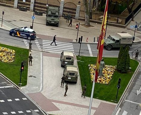 Una sección de la BRIPAC de Murcia se despliega en la ciudad de Albacete para colaborar con el Cuerpo Nacional de Policía