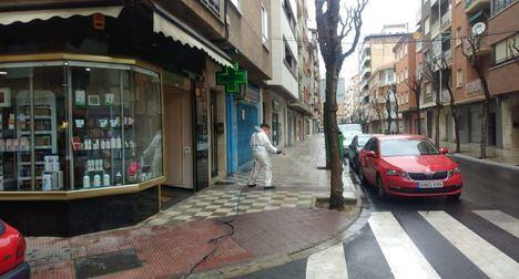 El Ayuntamiento de Albacete incrementa las medidas de desinfección en calles y mobiliario urbano