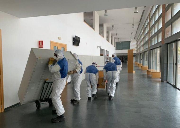 Comienza el acondicionamiento de la Facultad de Medicina de Albacete para aumentar la capacidad de respuesta ante la incidencia del coronavirus