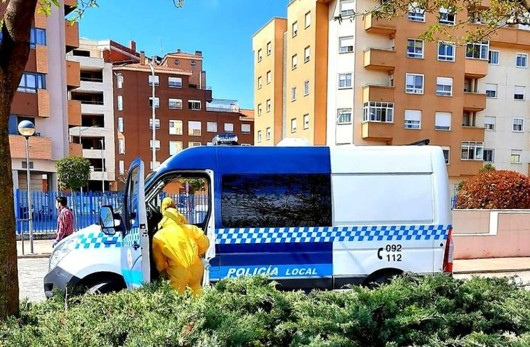La Diputación de Albacete trabaja en la desinfección de Comisarías y vehículos de Policías Locales de varios municipios de la provincia