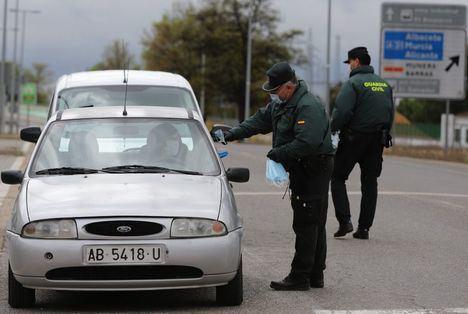 Se reparten en la provincia de Albacete las 82.000 mascarillas que el Gobierno de España adquirió para desplazamientos al trabajo