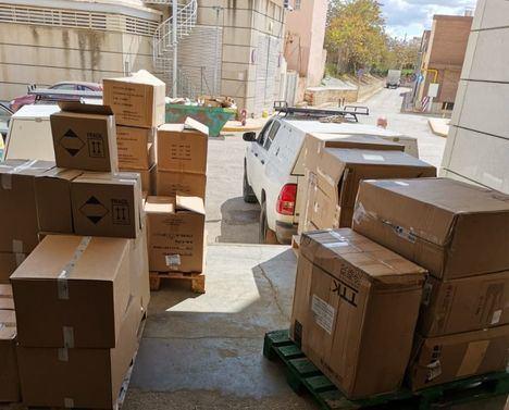 Las Áreas de Atención Integrada de Albacete reciben un nuevo envío cerca de 60.000 artículos de protección para los profesionales sanitarios y 1.900 test rápidos
