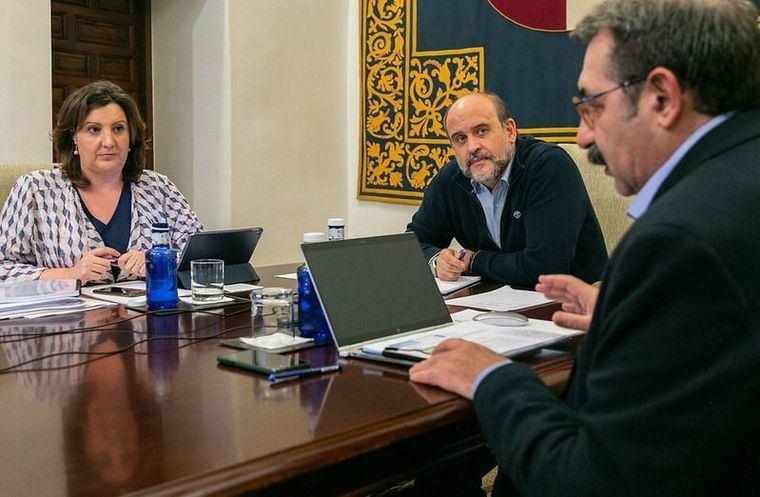 El Gobierno de Castilla-La Mancha y los agentes sociales acuerdan un plan con 74 medidas y 231 millones