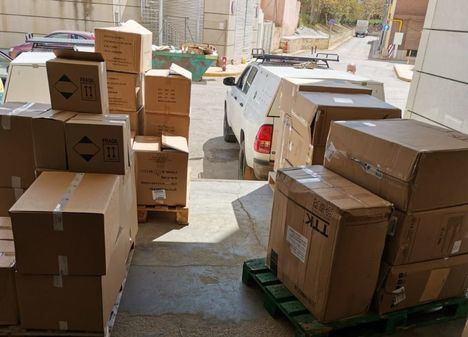 Nuevo envío de equipos de protección para los profesionales sanitarios de Castilla-La Mancha con más de 323.000 artículos que incluye 29.000 test de diagnóstico rápido de coronavirus